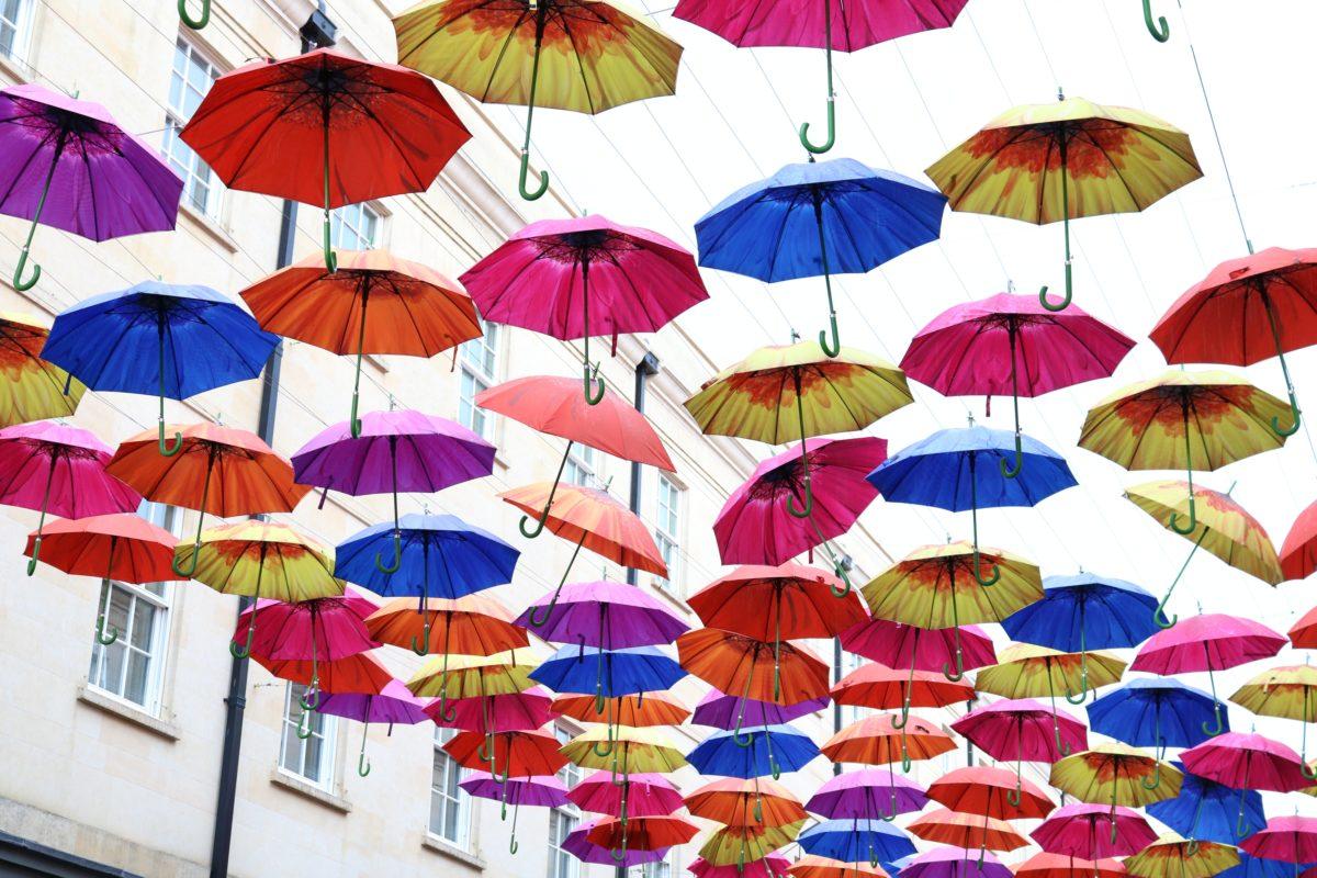 Positiviteit onder een Kruidvatparaplu